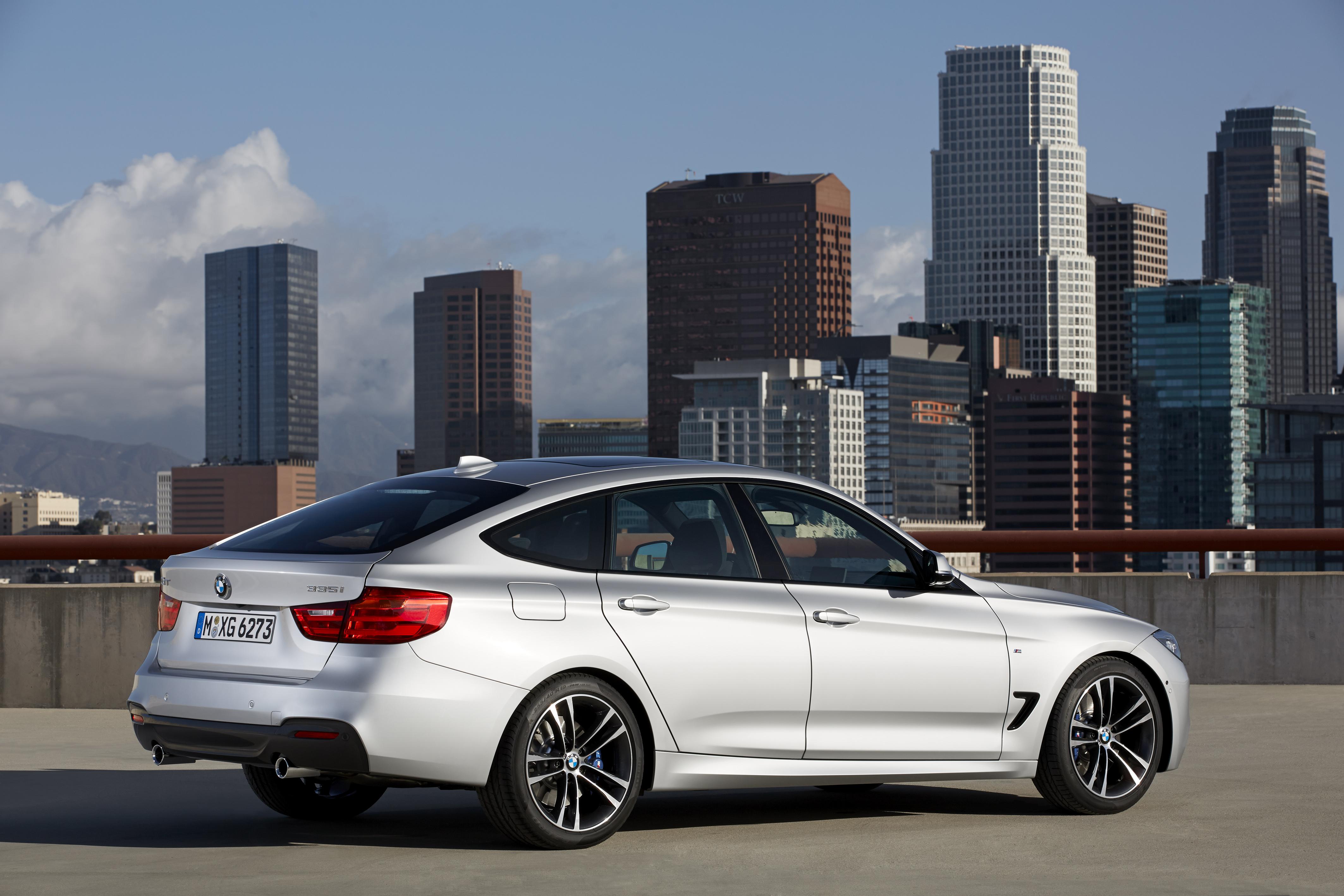 BMW Series GT Hurls Into View BMW Car Club Of America - Bmw 325i gt