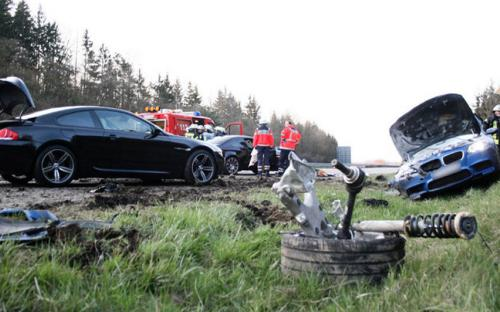 M5 Saves Two In 186 Mph Crash And Their Dog Bmw Car Club Of America